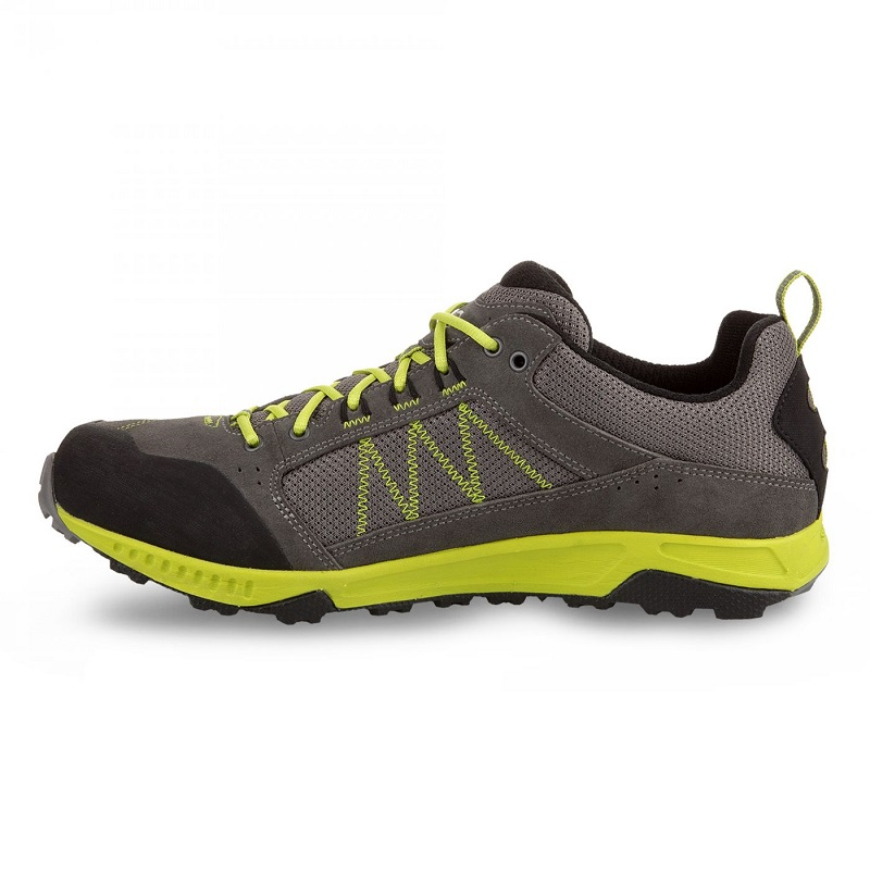 giày trekking nam