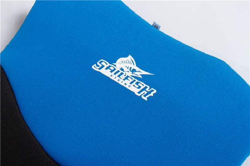 Cận cảnh chất liệu cao su Neoprene của áo phao bơi người lớn trẻ em Sailfish Xanh Bule