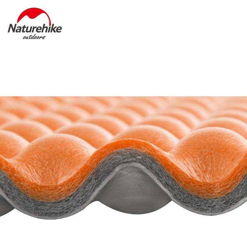 Chất liệu IXPE xốp kết hợp màng nhôm cách nhiệt và chống ẩm hoàn hảo