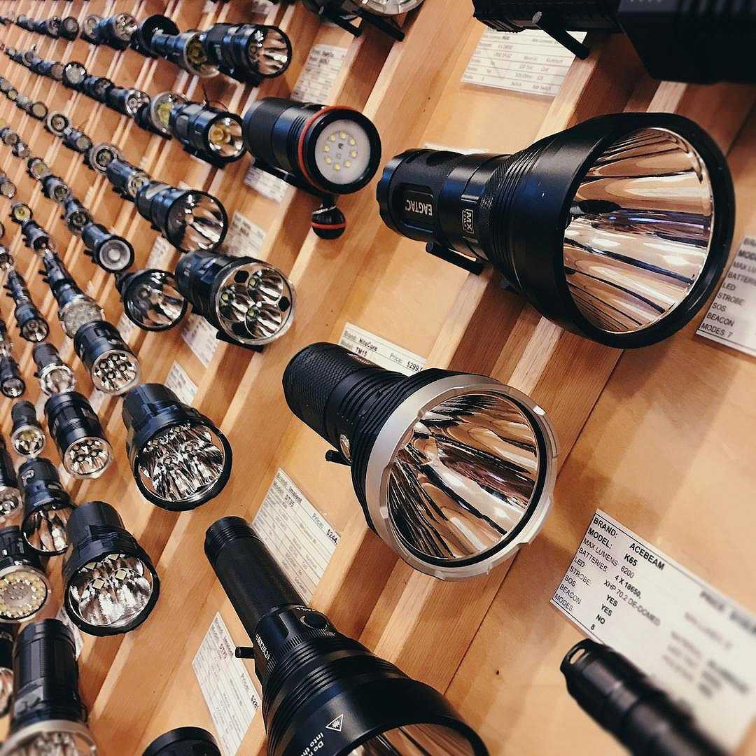 cửa hàng bán đèn pin siêu sáng tại việt nam