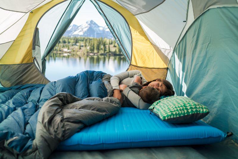 Lựa chọn túi ngủ cắm trại phù hợp