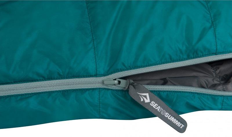 Túi ngủ Sea to Summit Traveller TrII STMTR207 với khóa kéo YKK chắc chắn, trơn tru