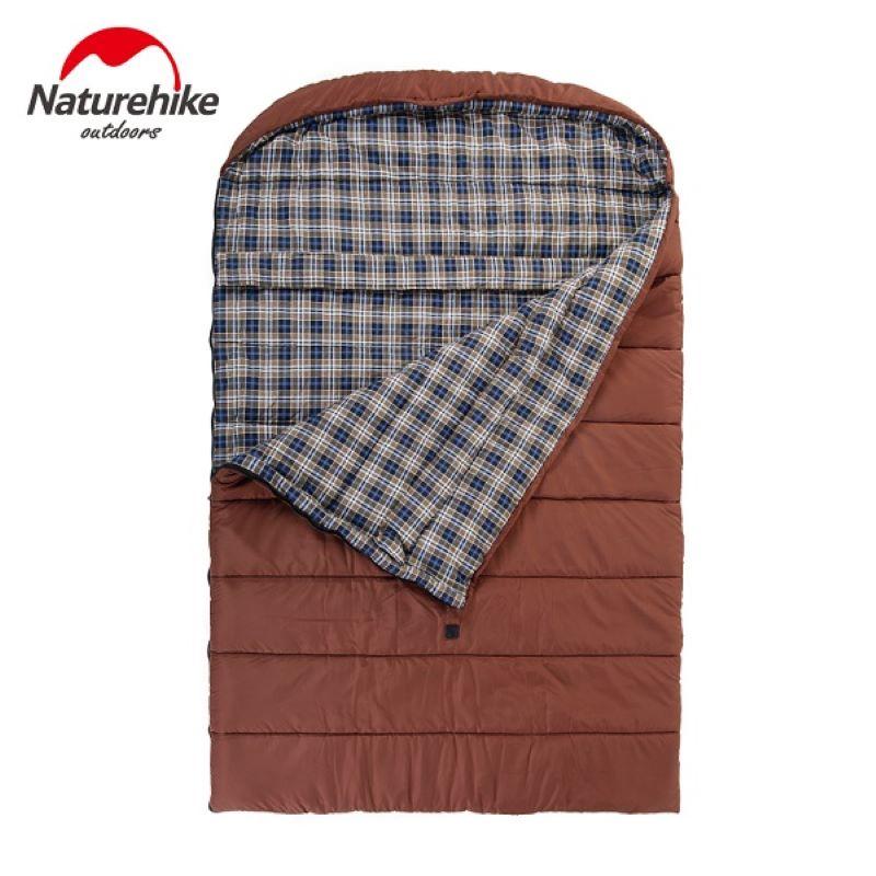 Túi ngủ dã ngoại cho gia đình màu nâu, sử dụng được 3 - 4 người