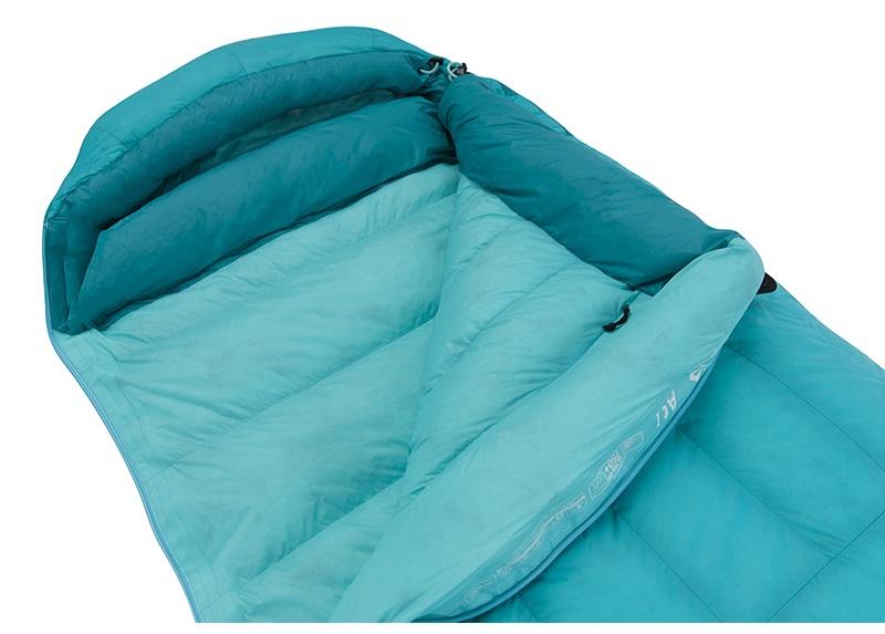 Túi ngủ mùa đông Sea to Summit Altitude AtI STMATL01 được làm từ lông vũ cao cấp, ấm áp
