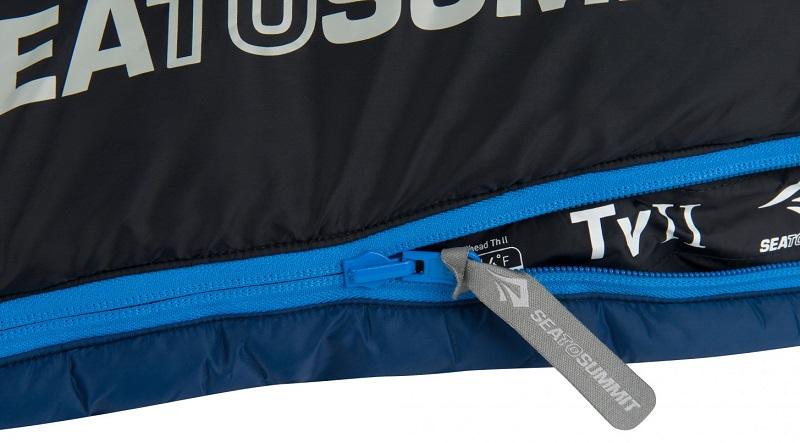 Thiết kế khóa kéo YKK chắc chắn, trơn tru của túi ngủ sea to Summit