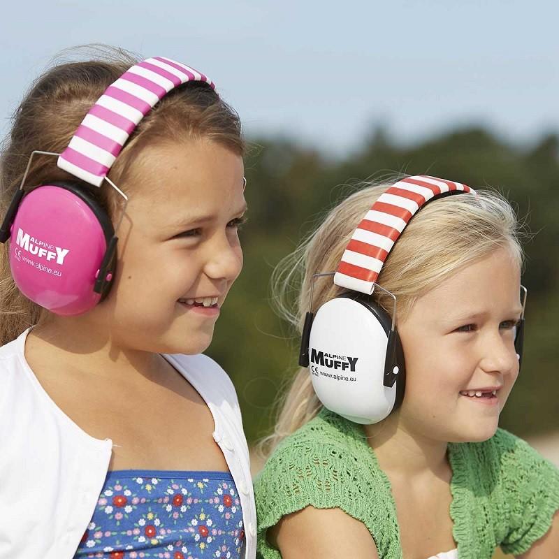 chụp tai chống ồn cho bé