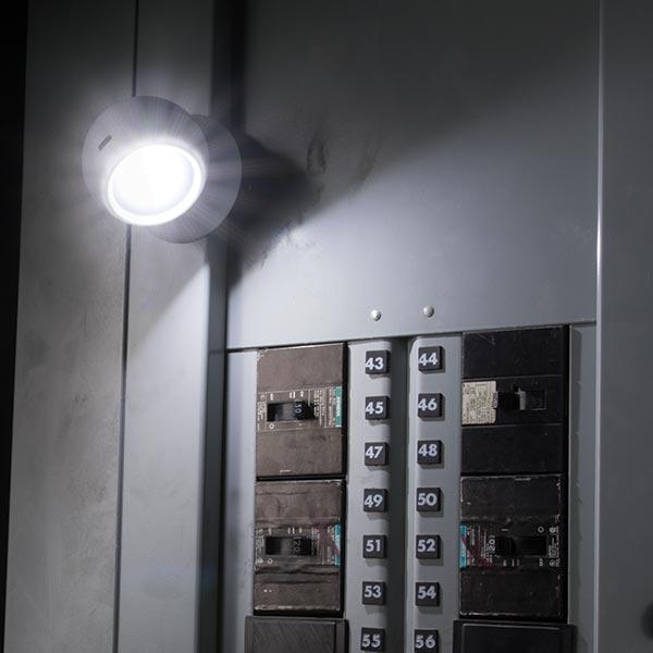 đèn pin siêu sáng chính hãng Nebo