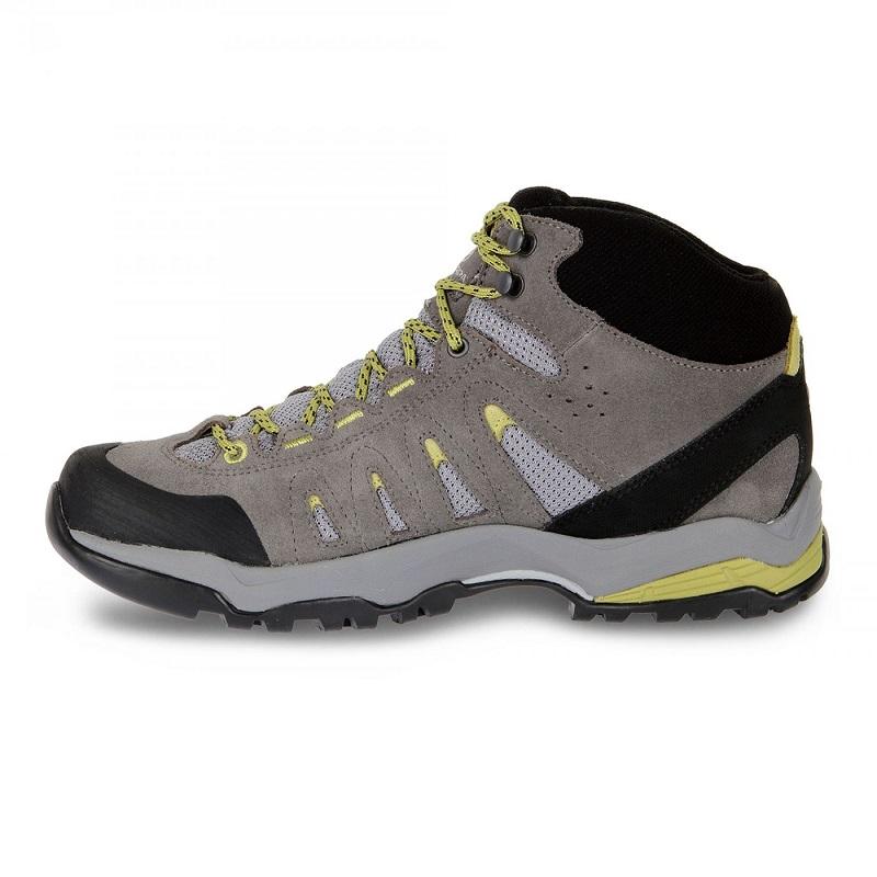 Giày đi trekking