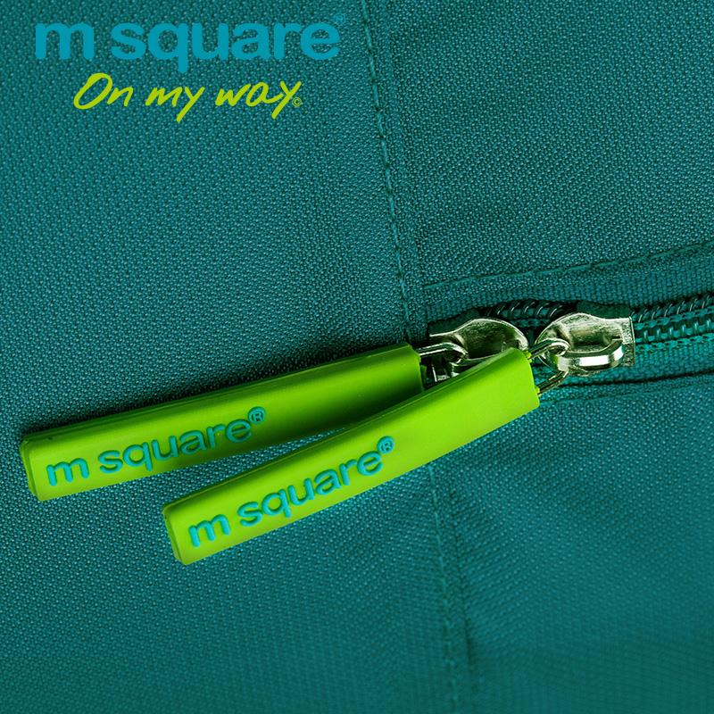 khóa kéo chắc chắn của túi du lịch cá nhân Msquare