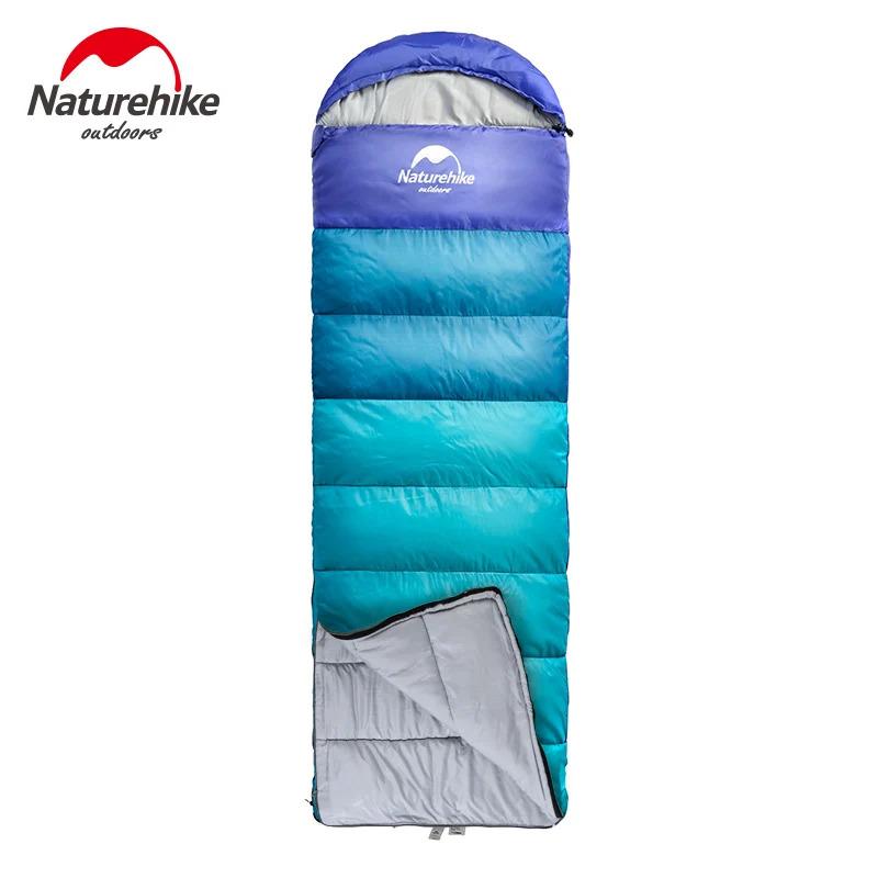 túi ngủ màu xanh